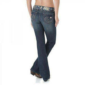 Wrangler NWT Rock 47 Rhinestone Jeans